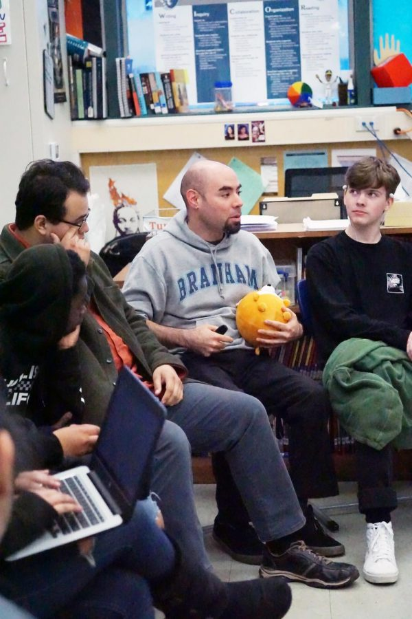 English teacher Carl Ponzio leads a community circle during tutorial in April. Ponzio advocates student wellness in his classroom.